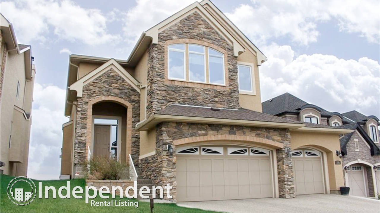 Gorgeous 4 Bedroom House With Walkout Basement For Rent In